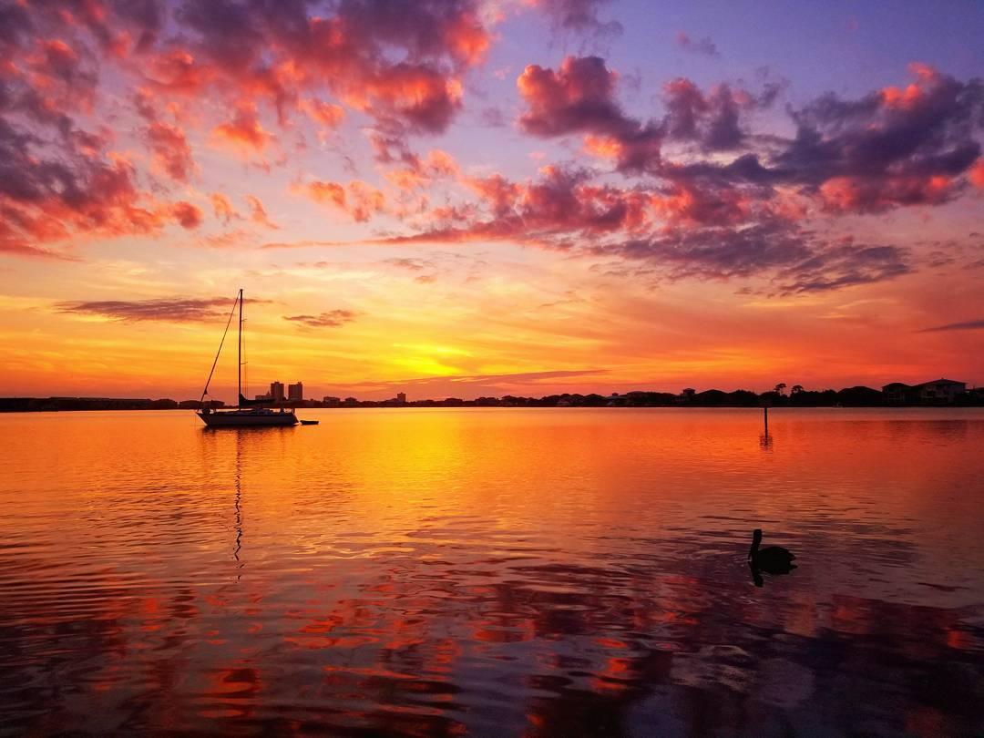 The Best Beach Front Restaurants in Pensacola Beach