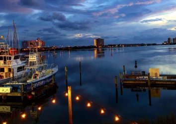 The Best Beach Front Restaurants in Pensacola Beach