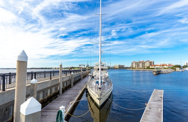 Top 8 Most Instagrammable Spots in Pensacola Beach